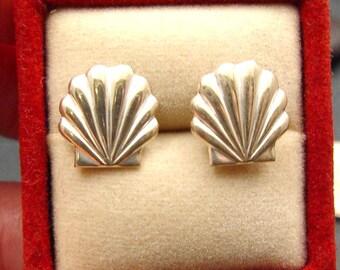 Seashell Sterling Silver Scallop Post Stud Earrings