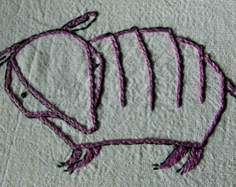 ARMADILLO - Hand Embroidery Pattern PDF