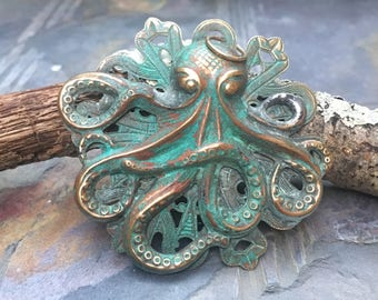 Octopus-Octopus Jewelry-Octopus Pendant-Aged Patina Brass Pendant-Ocean Jewelry for Women-Anniversary Jewelry For Him-Gift-For-Her-Steampunk