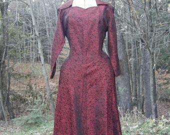 Vintage 1940's FABULOUS Brocade Sharkskin VIVID Red & Black DRESS 42-32-48