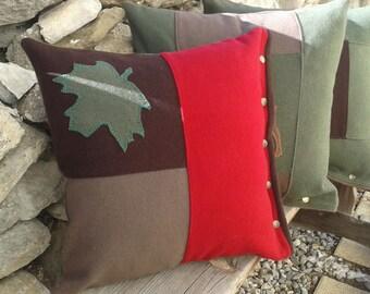 cushion mountain wool Trapper maple leaf