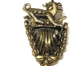 H. Pomerantz & Co. New York Art Nouveau Gold Tone Shield Knocker Brooch Pin
