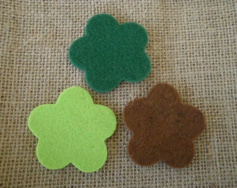 Set of 3 flowers in felt, Brown and green color, size 5,2 cm