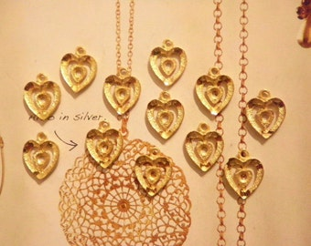 12 Goldplated Heart Pendants with 2mm Setting