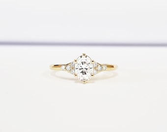 Moissanite and diamond art deco 1920's inspired engraved engagement ring in yellow/rose/white gold or platinum
