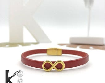 Infinity leather bracelet red and gold metal