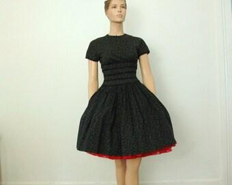 50s Vintage Classic Floral Hourglass Cotton Dress