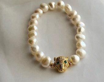 Freshwater pearls and cubic zirconia leopard