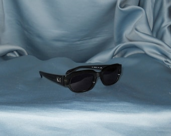 Authentic vintage Gucci sunglasses !