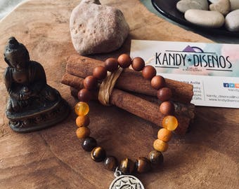 Tiger's Eye Bracelet, Beaded Men's Bracelet, Men's Chakra Jewelry, Bracelet for Men, Men's Stretch Bracelet, Gemstone Bracelet, Wood Mala