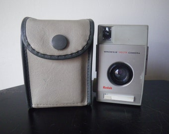 Vintage Kodak Vecta Brownie Camera - with original case - 1960s - made in England SALE