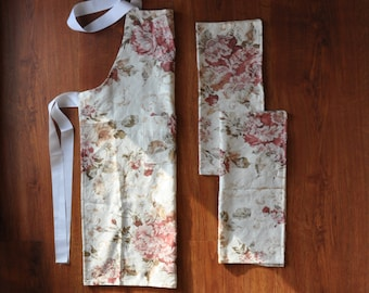 floral apron and napkins / chef apron and towels set / damask apron and kitchen towels