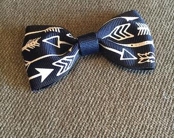 Navy Arrows Tuxedo Hair Clip