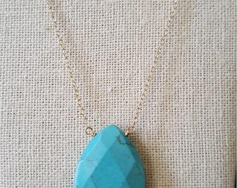 14 karat gold Natural torquoise necklace.