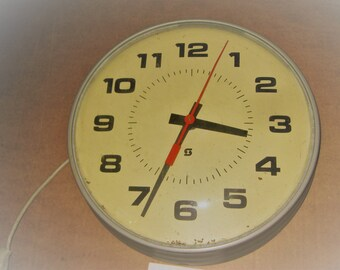 Simplex Industrial Wall Hanging Clock    [geo3554bs]