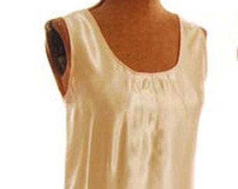 Original 1930s  Peach Satin Bridesmaid Gown/Dress. Size 8 - item 306, Wedding Apparel