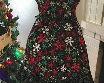 Free shipping, Christmas apron, reversible apron, winter apron, birds, snowflakes, kitchen, retro apron, full apron, black apron, christmas