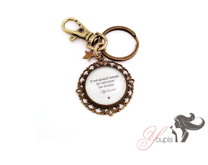 Handbag charm / Keychain T52 quote the feather to the ear in resin and brass holder / Valentine's day