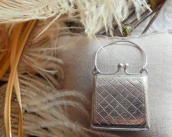 Vintage Sterling Silver Patterned Kiss Lock Purse Hinged Keepsake Box Pendant