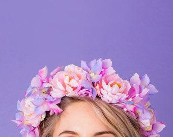 Fontanne Ranunculus and Hydrangea Crown
