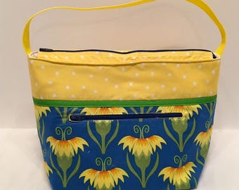 "LIPL6- Deep Lunch Bag: ""Hello Yello"" washable insulated lunch bag with zippered front pocket and zippered top closure."