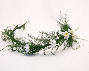 Natural Dried Fern Woodland Wedding Hair Wreath in Green with Daisies and Pearls Woodland Weding Crown