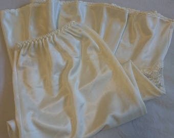 Half Slip Petticoat by St Michael (size 10 Aus/UK & 5/US)