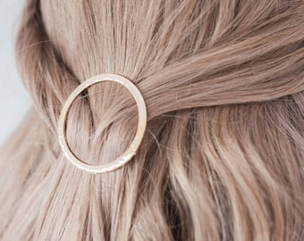 Circle Hair Clip, Metal Hair Clip, Minimalist Hair Clip, Minimalist Hair Accessory, Geometric Hair Clip, Hair Barrette, Diamond Hair Clip