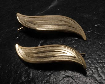 Vintage Hair Barrettes Textured Leaf Style Pair Gold Tone Metal Hair Accessory