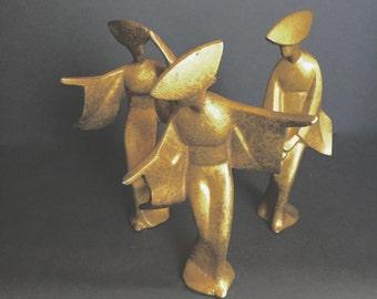 Modernist Sculptures : Dancing Women