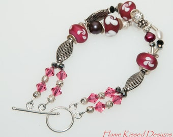 VERRY BERRY. Hand crafted double strand lampwork bead bracelet