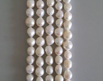 Freshwater Baroque Pearl Strands (Medium Size) (White)