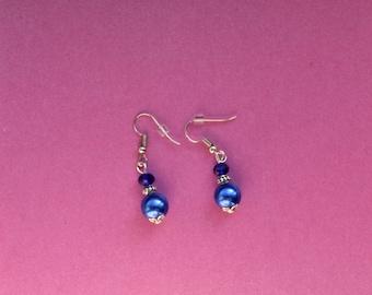 Royal blue earrings, blue pearl earrings, something blue wedding earrings, blue bridesmaid earrings,  bridesmaid gift, bridesmaid jewellery