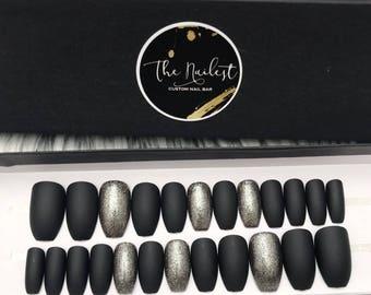 Dazzle Black | Solid Matte Coffin Shape w/ Foil Gel Accent Press on Nails | Full Set | Fake Nails | False Nails | Glue on Nails
