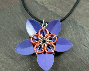 Chainmaille Flower Pendant - Purple Scales - Scale Flower - Scale Jewelry - Scalemaille Jewelry