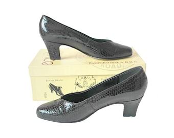 Black Faux Croc Vintage Shoes, 1980s Black Leather Court Shoes, 80s Equity Smart Heeled Shoes, UK Size 4