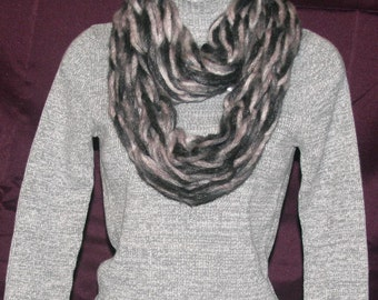 Black and Gray Infinity Chunky Scarf