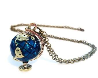 World map necklace, globe necklace, inspirational, atlas necklace, world globe necklace, planet necklace, globe pendant, gap year jewellery