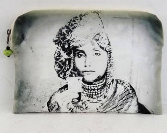 POUCH bag, woman with tea, canvas print portrait of woman of the Rajasthan