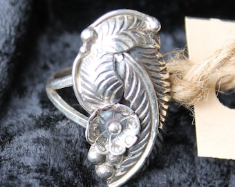 Silver Floral Feather Statement Ring
