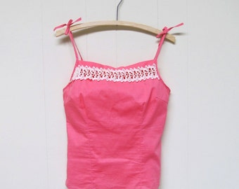 Vintage 1950s Top / 50s Rose Cotton Lace Summer Camisole / Extra Small