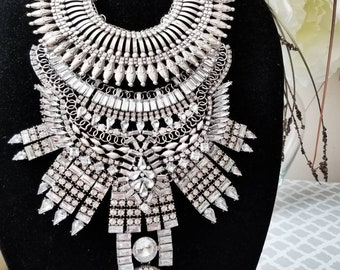 XIGYN-Handcrafted-Stacklace-Stacked-Statement-Necklace-Warrior-Choker-bib-ethnic-spike