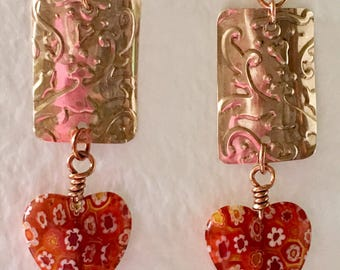 Hammered copper and glass hearts dangle earrings