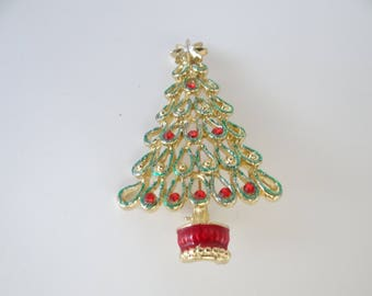 Vintage Christmas Tree Brooch Pin with Gold Star and Red Base on a Gold Tone Setting -  Christmas Tree Brooch Pin