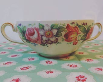 Vintage late 1950s 50s 1960s 60s double handled mini soup cup soup bowl hot chocolate cup roses painterly flowers Swansea Wedgwood & Co Ltd