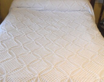 White cotton chenille bedspread / vintage full size cover / cutter piece As Is