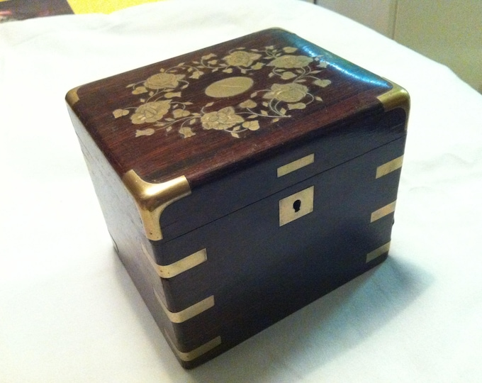 Vintage German wood Souvenir Trinket Jewelery Box beautiful Decoration