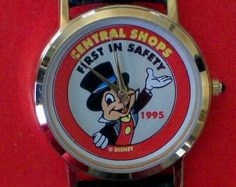 Disney Cast members Only Jiminy Cricket Watch! Retired! HTF!