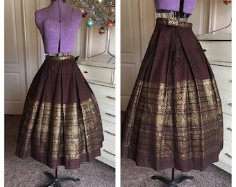 Vintage 1950's Brown and Gold Hand Woven Pleated Border Folk Ethnic Novelty Skirt XS