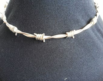 Barbed wire choker  in sterling silver